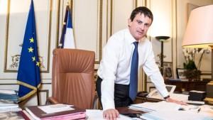 20140401 m valls1 300x169 - Manuel Valls: le Web et l'eCommerce reconnus d'utilité publique