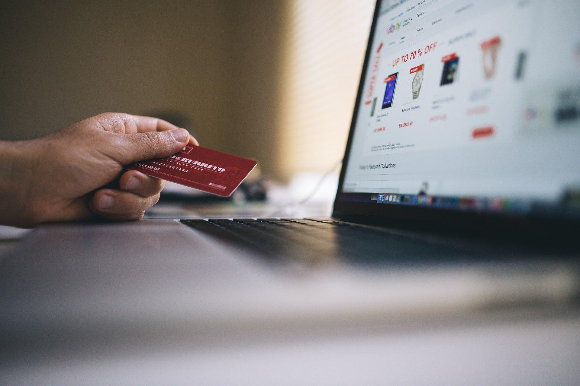ecommerce 2607114 1920 - Impact des services d'hébergement web sur les performances d'un site de commerce électronique